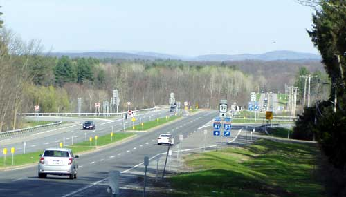 Exit 14 - Saratoga, Horse Tracks, Saratoga Lake NY 9P, 29, Yaddo is to my right.
