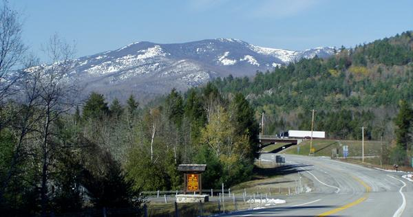 Exit 30  Keene Valley, Lake Placid, Olympic Arena: US 9, NY 73