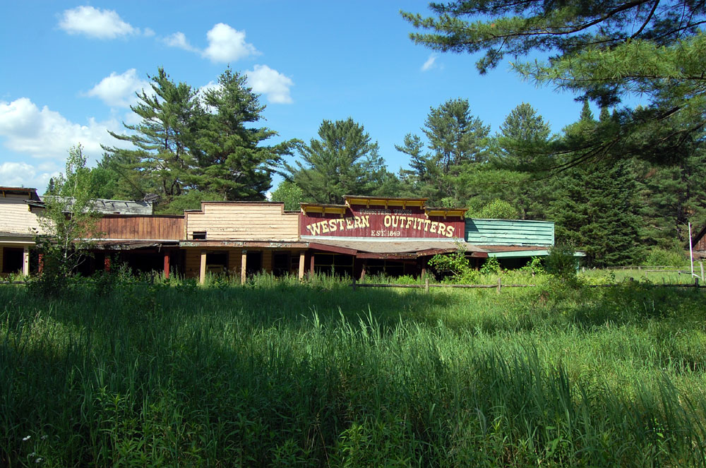 interstate 87  the adirondack northway  frontier town photo tour