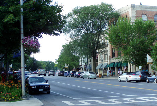 Downtown Saratoga on Broadway, US 9